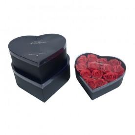16 Rosas Rojas eternas en caja corazón transparente y negra. Rosas de tacto natural y primera calidad.