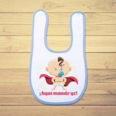 Babero personalizado para el bebé de la casa, con diseño de súper bebé.