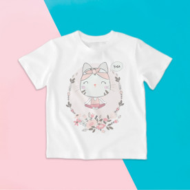 Camiseta para niña de manga corta con gatita haciendo Yoga