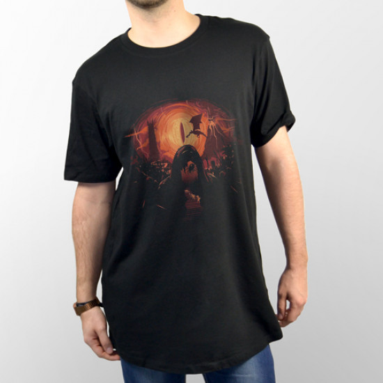 """Camiseta unisex manga corta de la película """"El Hobbit"""" representando el ojo de Sauron"""