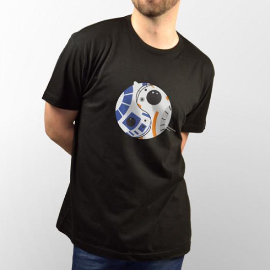 Divertida camiseta con los personajes de star Wars R2-D2 y BB-8 formando el símbolo del Ying y Yang