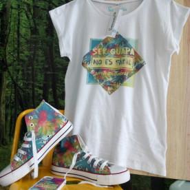 """Pack de zapatillas y camiseta personalizada """"Ser guapa no es fácil"""", porque lo eres"""