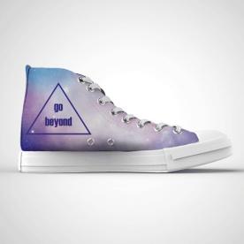 Zapatillas impresas de caña alta con diseño de espacio sideral